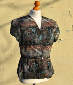 Vintage blouse for sale on www.caosretro.com