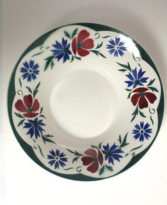 Beautiful 1930s Art Deco Digoin Sarreguemines France Ceramic Bowl with floral spray decoration