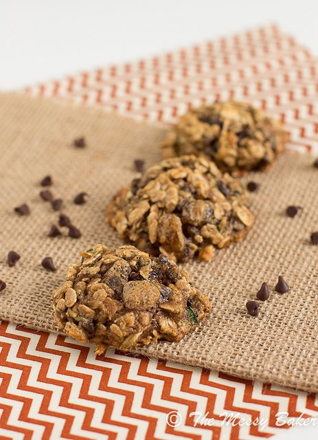 Skinny Chocolate Chip Zucchini Oat Cookies from @Jennie C. {The Messy ...