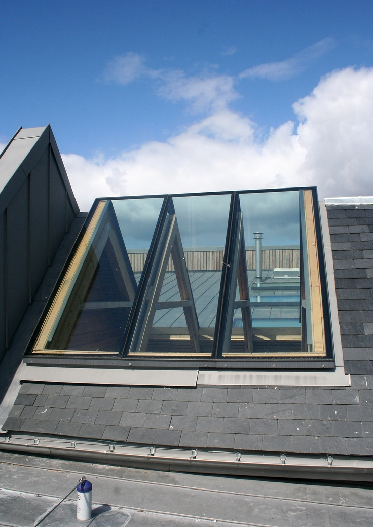 Lots of extra light, ridgeglaze integrated in wooden roof structure