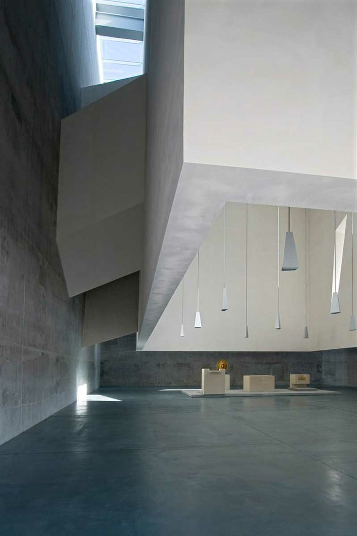A monolith of pure geometry http://www.morfae.com/a-monolith-of-pure-geometry/ #architecture #modern #minimal #church