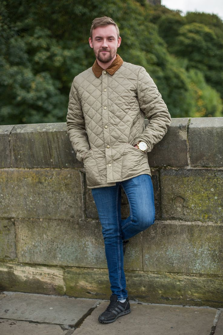 Jordan wore our Barbour Liddesdale Quilted Jacket, accompanied by denim jeans and black trainers!