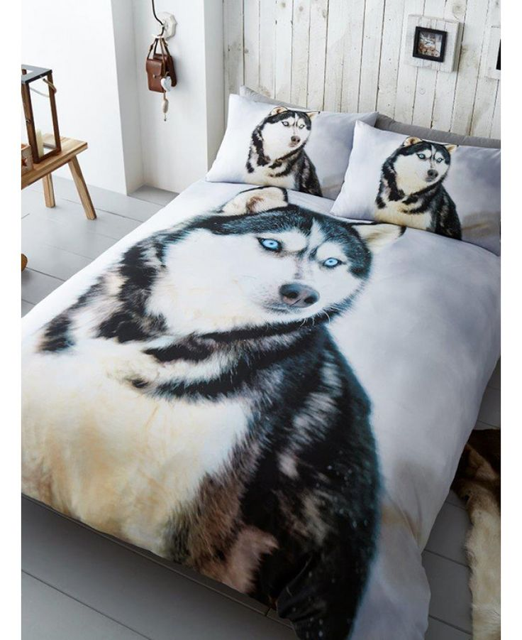 This Husky Dog Single Duvet Cover and Pillowcase Set features a gorgeous photographic image of a beautiful Siberian Husky! Free UK delivery available