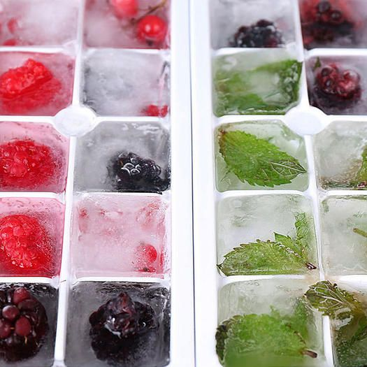 Ice cube trays are good for more than freezing water, get ideas with these awesome hacks for frozen fruit cubes, fruit infused ice cubes, aloe vera cubes and even cookies and cream frozen bites!