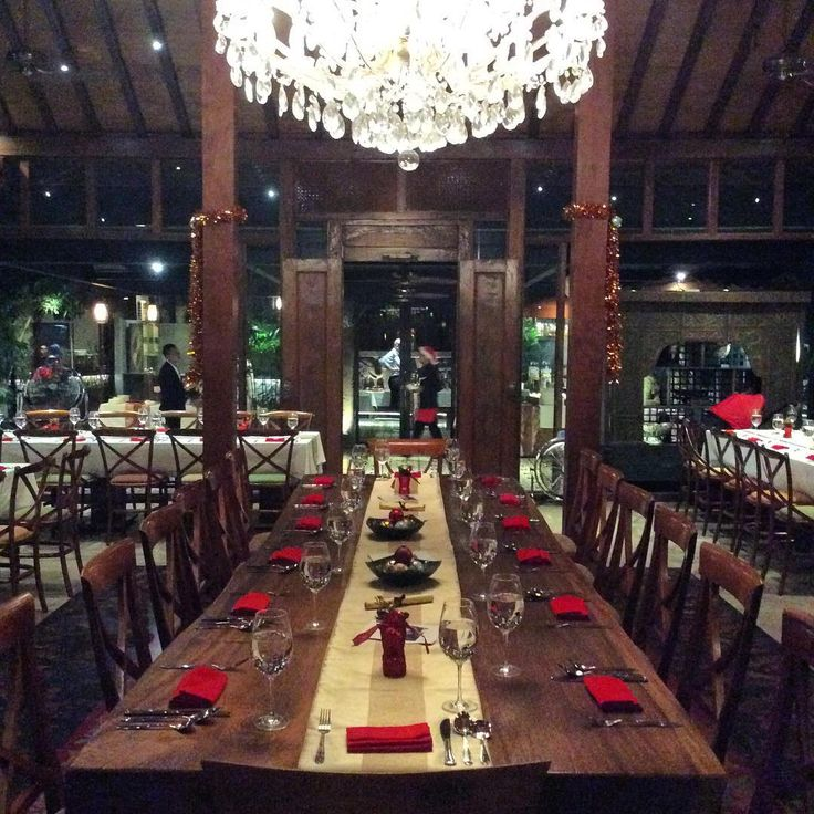 """Could you spot ""Santa""?   Location: #PlataranDharmawangsa, Jakarta #GlitteringDecember #Christmas #Venue #Dining #Restaurant #ChristmasDinner"""