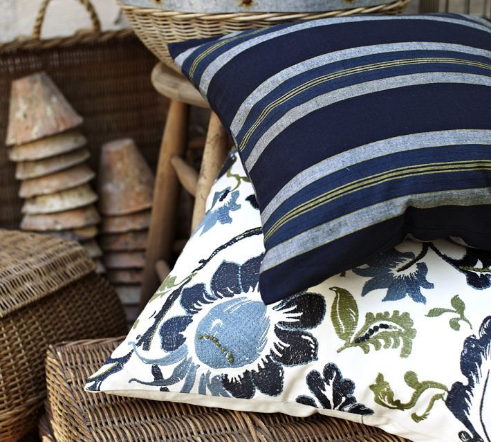 Blue Throw Pillows Pottery Barn : Love that floral print! #potterybarn Island Apartment Pinterest Embroidered pillows ...