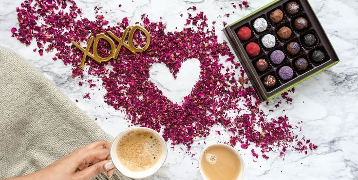 Truffles with Cappuccino! What a delicious way to start your week. We have created a special Valentine's Day gift truffle boxes that you can share or gift your best friend. #Xocolatti #upscaletruffle