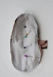 Resultado de imagem para moldes de sapatinhos de bebe em tecido
