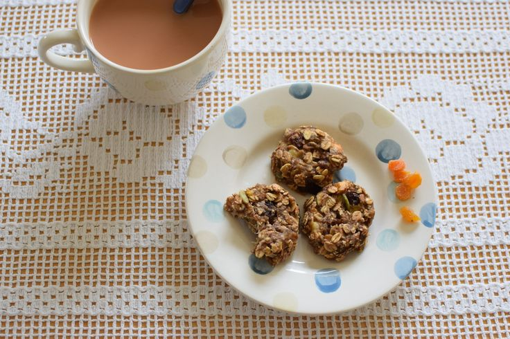 granola biscuits with banana