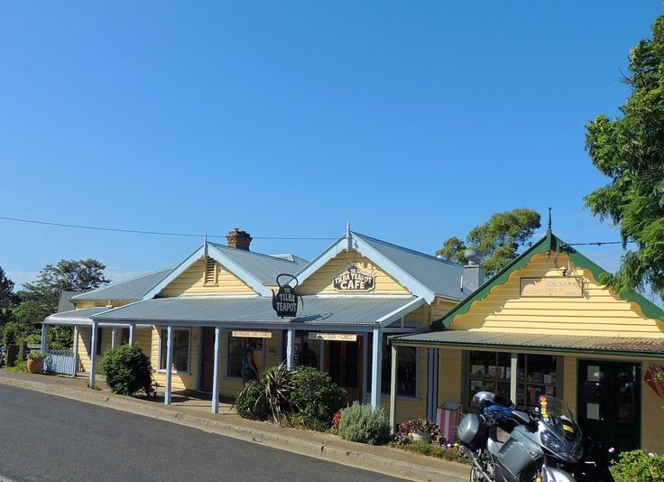 Refreshments at Tilba Teapot Cafe in the beautiful heritage village, Central Tilba. Historic cottages.