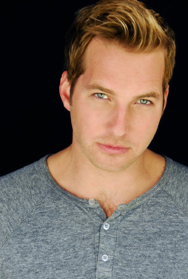 Ryan Hansen of Veronica Mars, Party Down, Friends with Benefits.
