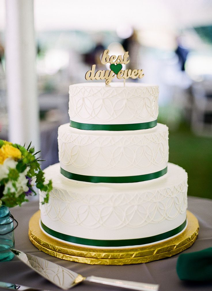 Wedding Cake | Best Day Ever Cake Topper | See more on SMP: http://www.StyleMePretty.com/2014/03/17/irish-inspired-wedding-at-tir-na-nog-estate/ Brosnan Photographic