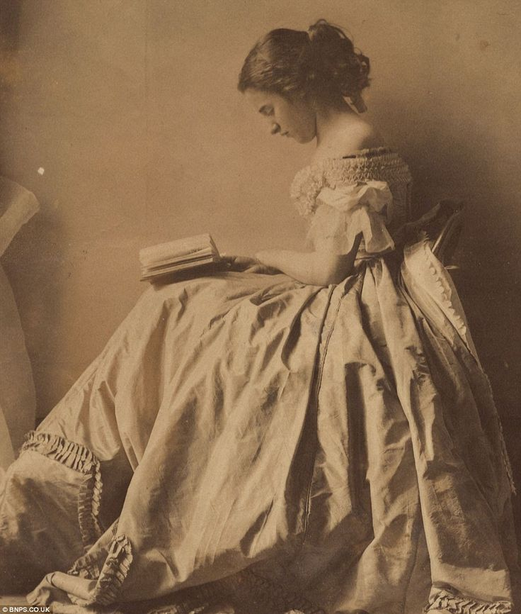 Lady Hawarden - Above, Lady Clementina's daughter also called Clementina reading a book
