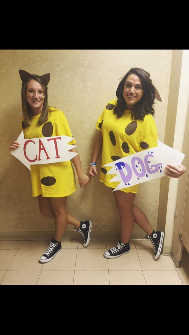 Easy Halloween costume for best friends!  #dynamicduos #easycostumes