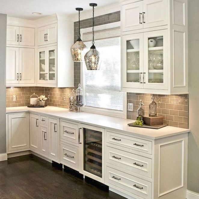 25 Farmhouse Kitchen Backsplash Joanna Gaines French Country At A Glance 82 Backsp Kitchen Cabinets Decor Kitchen Backsplash Designs Kitchen Cabinet Design