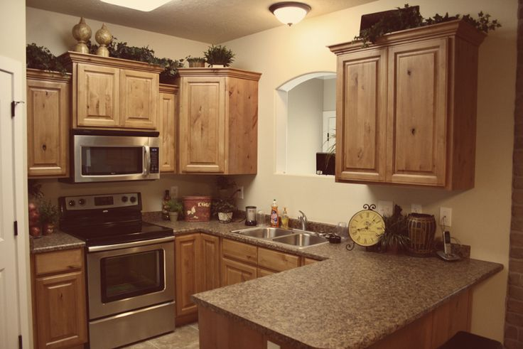 Rustic Kitchen Cabinets | Wholesale Glazed Cabinets | Knotty Alder Cabinets