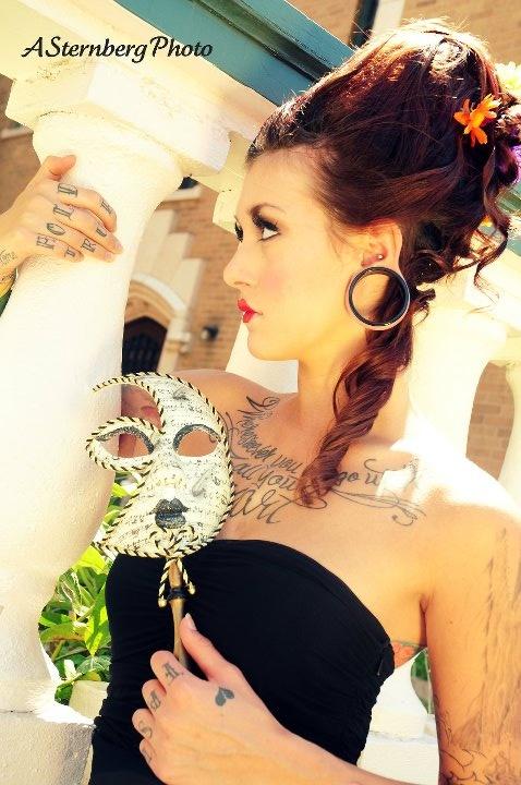 I want a masquerade wedding!