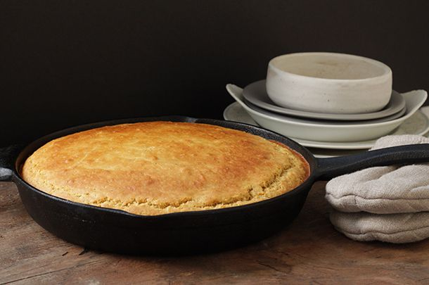 American comfort food: Gluten-free cornbread - Jamie Oliver | Features: JUST made this, it is amazing! Used Namaste GF flour