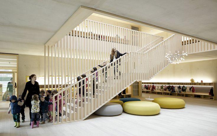 Kindergarten von Bernardo Bader in Vorarlberg / Eine Holzbox für Susi Weigel - Architektur und Architekten - News / Meldungen / Nachrichten ...