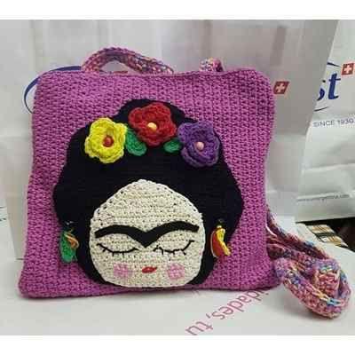 Frida Kahlo Cartera Tejida Al Crochet - $ 450,00
