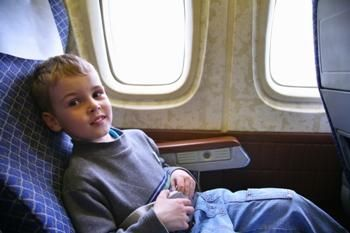 Kids With Food Allergies Community: People with Peanut / Tree Nut Allergies Can Minimize Risk of Reactions on Airplane Flights