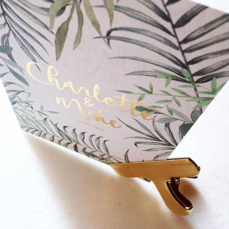 Just love this one! Mosstudio.be // gold /: foil // goud // folie // balren // groen // leafs // botanique