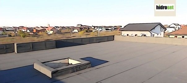 Model terasa pe acoperis de casa particulara. Este o terasa necirculabila cu acces prin luminator sau kepeng. Suprafata va ramane cu ardezia ca finisaj si protectie la radiatii iar spatiul va fi folosit ca terasa tehnica pentru aparate solare.
