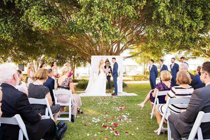 #NorthShoreHabour announced their latest blog post that tackles about #GardenWeddings. In this article, you can find out how beautiful, sensational and romantic is #ElegantGardenWeddings. Get more inspired here!