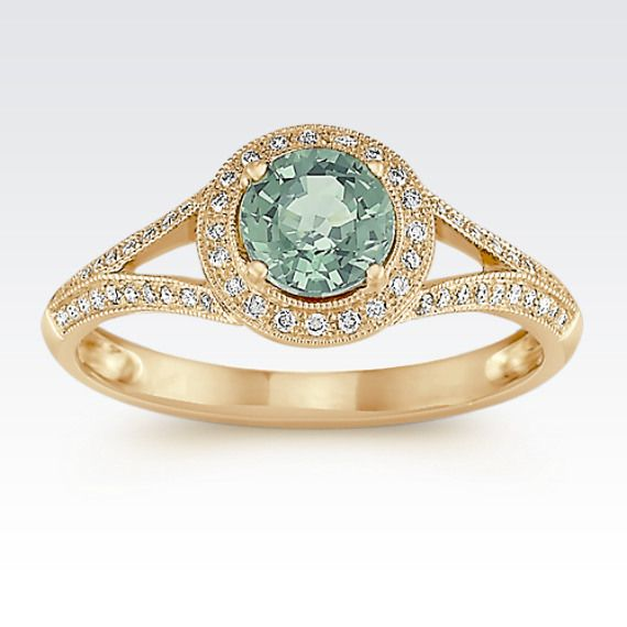 We're crushing on this charming green sapphire and diamond ring. You too? #ShaneCo #ShaneCoChic