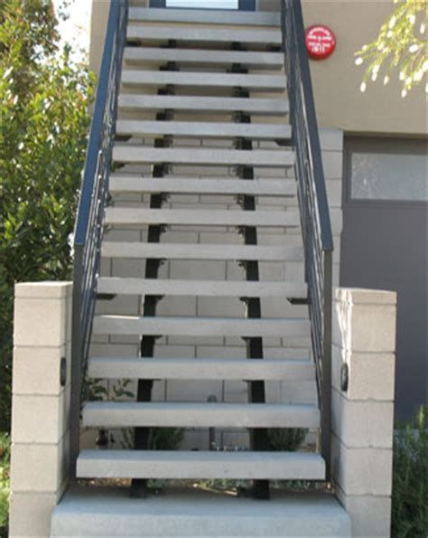 Best 5 Concrete Stairs Steel Stairs Stairsdesign Design 400 x 300