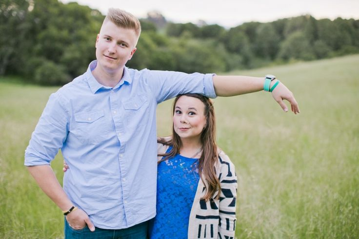 Funny Couple Pic Pose: 17 Best Ideas About Funny Couple Poses On Pinterest