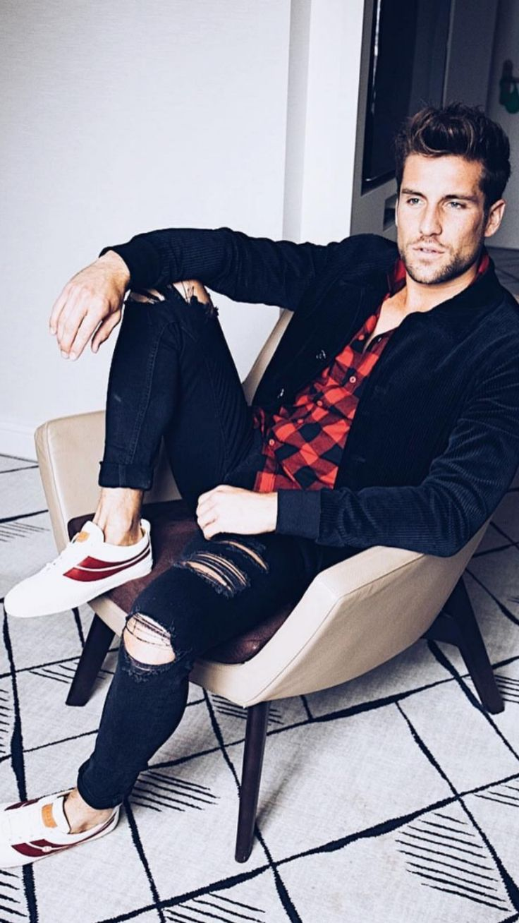Men's fashion.⌚ by Justlifestyle | Latest mens fashion, Mens fashion, Photoshoot