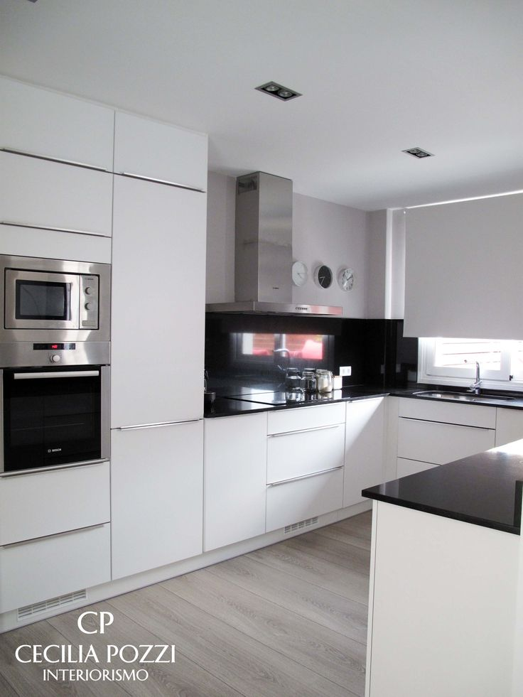 Kitchen. Kitchenette. Black/white Cocina americana. Cecilia Pozzi Interiorismo