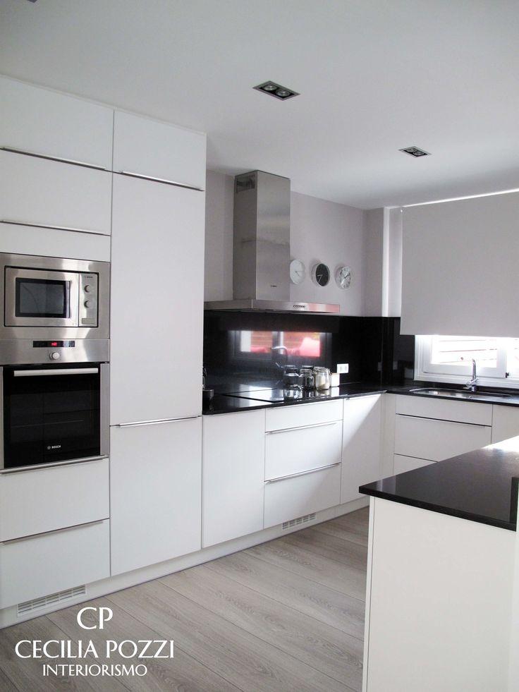 Kitchen. Kitchenette. Black/white Cocina americana. Cecilia Pozzi Interiorismo
