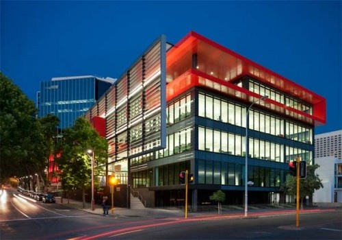 Modern office building of 2 victoria avenue in perth 1 for Building designers perth