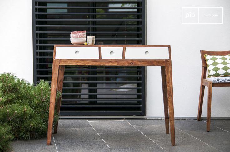 Tavolo consolle Naröd e molti altri mobili console da scoprire su PIB, lo specialista in arredamenti, illuminazioni e decorazioni vintage.