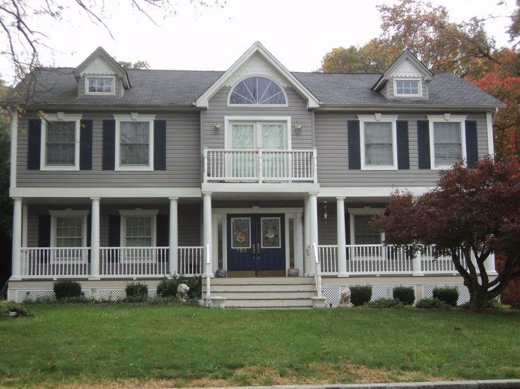 Beige stucco house exterior trim garage autos post for Classic house colors