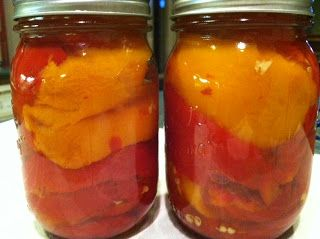 Canning Homemade!: Canning Marinated Red Peppers - Yes it's safe!