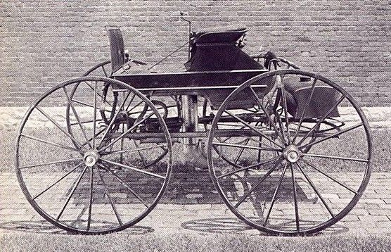 sylvester ropers steam automobile 1860s sylvester roper was an early automobile designer in. Black Bedroom Furniture Sets. Home Design Ideas