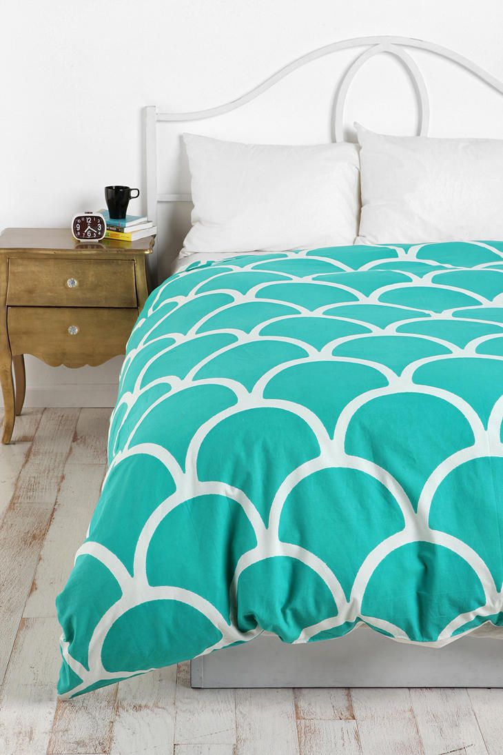 YESSSS! finally I've found a site that sells cute bedding that I can consider for college that isnt super cheesy/girly!!