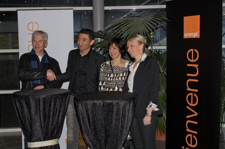 Mars 2013 : #Orange partenaire des #Dragons de #Rouen @PascaleHoms @jpportron en presence de @kchekhemani, adjoint au sport @lavillederouen et Sarah Balluet, Conseillère Municipale @lavillederouen