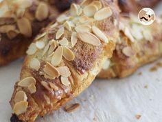 Recette Dessert : Croissants aux amandes faciles par Ptitchef_officiel