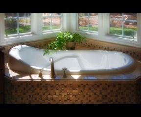 Best 25+ Jetted tub ideas on Pinterest   Farmhouse bathtub faucets ...