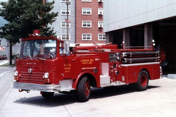 Cumberland FD Engine 4 1968 Mack CF | open cab fire