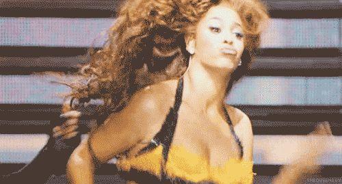 HAHAH #11  The Queen Bey brush.   47 Of Beyoncé's Absolute Best DanceMoves