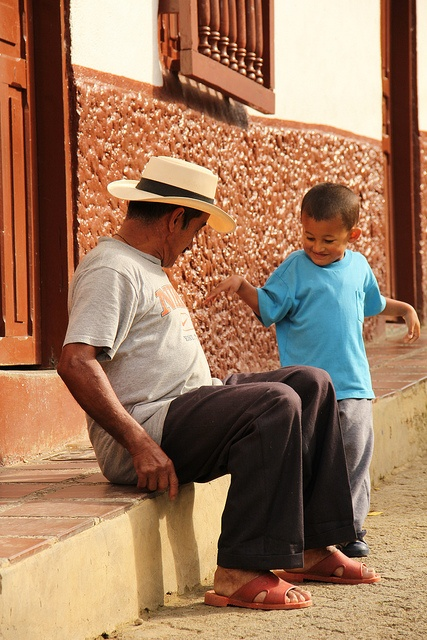 Abriaquí by Alejo, en Vespa, via Flickr