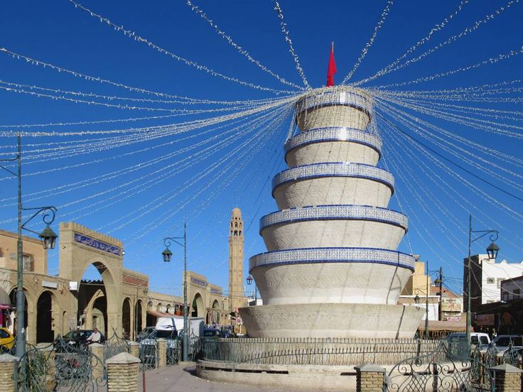 This striking monument stands before the municipal market in the center of Tozeur, Tunisia.