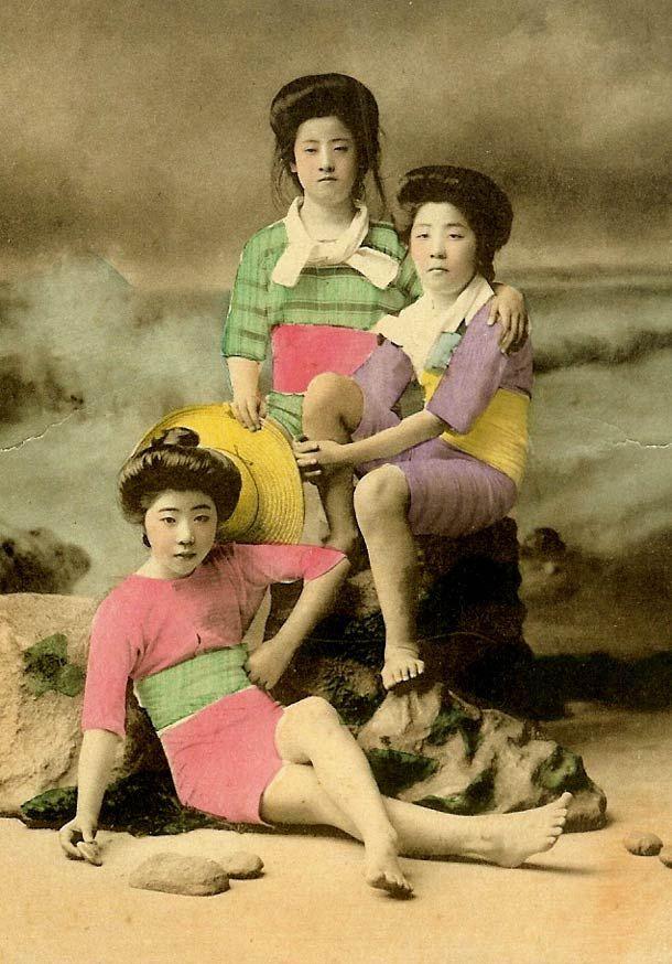 Geisha en maillot de bain – l'ère Meiji