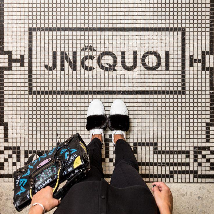Entrance floor at JNcQUOI. #jncquoi #restaurant #restaurante #restaurants #food #foodie #finedining #floor #tile #floortile #tiles #portuguesefood #luxury #lisbon #portugal