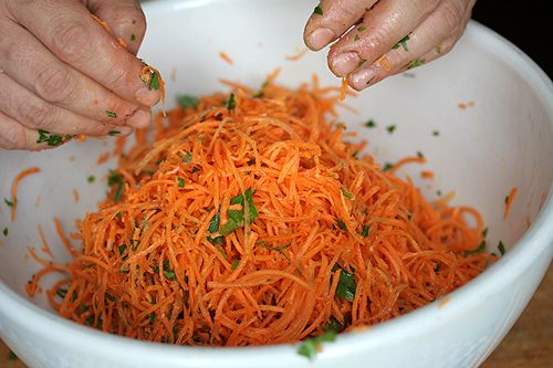 Grated Carrot Salad recipe (a French classic) 7-8 carrots, peeled, handful of parsley, 2 tablespoons olive oil, 1 tea of sweetener (honey), salt/pepper to taste